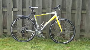 GIANT DASH ROAD BIKE 24 SPEED for Sale in North Olmsted, OH
