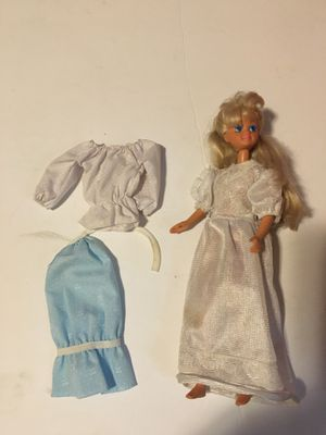 1987 BARBIE MALAYSIA DOLL & CLOTHING for Sale in New Castle, DE