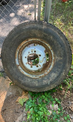 General Ameritrac LT235/84/r16 on dually wheel for Sale in Overland, MO