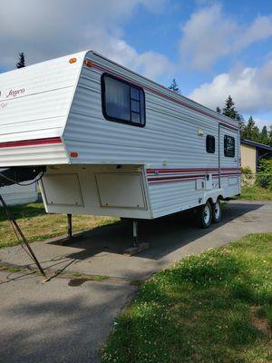 1993 jayco 28ft 5th wheel trailer for Sale in Buckley, WA