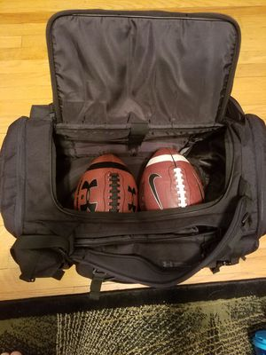 Under Armour Gym (duffle) Bag for Sale in New Haven, CT