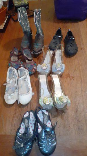 Shoes FREE for Sale in San Bernardino, CA