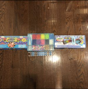 Rainbow loom band set for Sale in Waldorf, MD