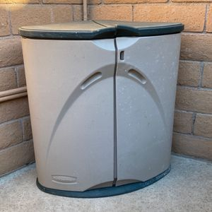 Small Rubbermaid Storage Shed for Sale in Rancho Cucamonga, CA