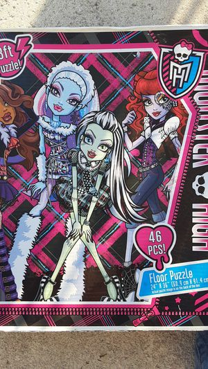 Monster. High 3ft. Floor puzzle for Sale in Centralia, PA