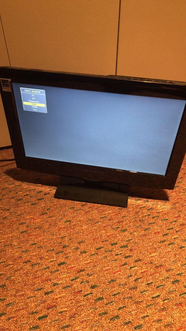 """DYNEX 16"""" TV"""