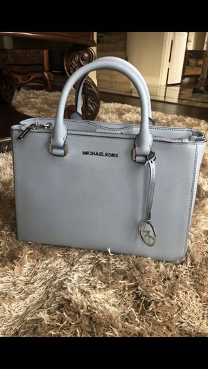 Michael Kors Double Zip Tote Jet Set Travel Bag for Sale in Sachse, TX