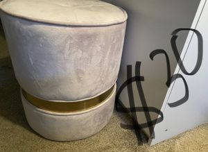 Small ottoman/ stool for Sale in Sunnyvale, CA