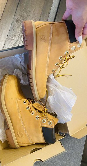 Timberlands 5.5 Juniors for Sale in Goodyear, AZ