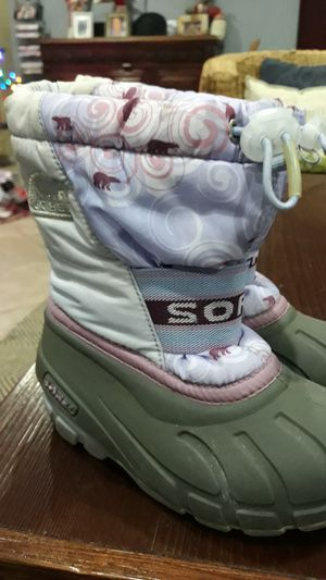 SOREL SNOW BOOTS FOR GIRLS SIZE:10 for Sale in Chula Vista, CA