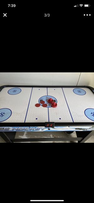 Air hockey table for Sale in Garden Grove, CA