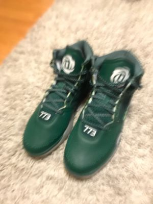 Adidas d rose for Sale in Westchester, IL