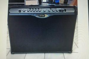 150 WATTS LINE 6 STEREO GUITAR AMP for Sale in Tamarac, FL