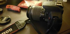 Canon EOS Rebel T5i for Sale in Los Angeles, CA