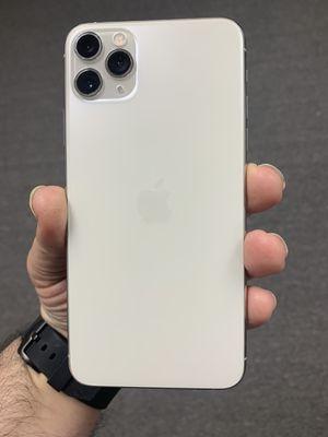 iPhone 11 Pro Max 256GB Silver Unlocked for Sale in Dearborn, MI