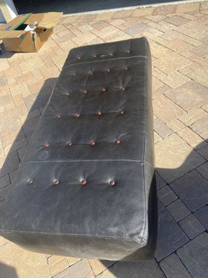 Ottoman leather expresso brown for Sale in San Clemente, CA