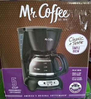 Mr. Coffee 5 Cup Coffee Maker for Sale in Manteca, CA