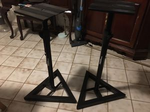Accuracy pro audio two stands perfect new condition mint condition selling for $80 for both for Sale in Miami, FL