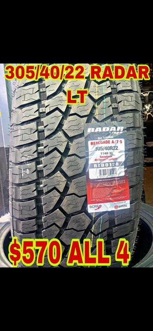 BRAND NEW SET OF TIRES 305 40 22 for Sale in Phoenix, AZ