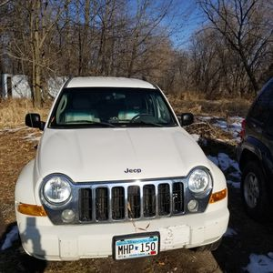 2005 Jeep Liberty Sport 4WD. for Sale in Princeton, MN