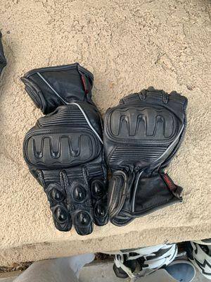 Street bike gloves for Sale in Temecula, CA