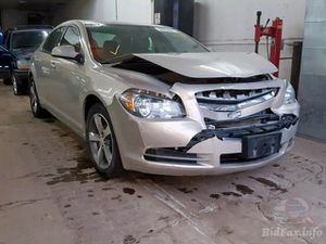 Chevy Malibu 2011 parting out for Sale in Evergreen Park, IL