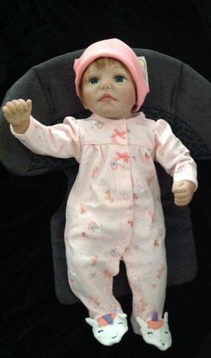 Lifelike baby girl doll for Sale in Las Vegas, NV