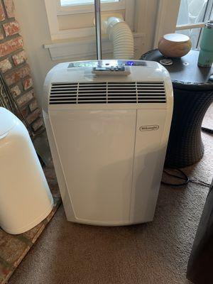 DeLonghi 3 in 1 air conditioner, fan dehumidifier for Sale in San Diego, CA