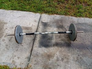 Curl bar with weights for Sale in Hollywood, FL