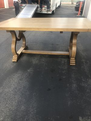 Table for Sale in Norwalk, CA