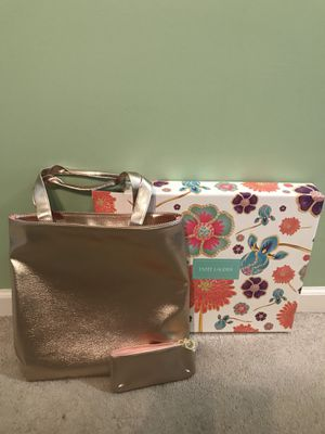 Estee Lauder Gold Tote Bag Lightweight Carry-All & Cosmetic Bag. New In Box. Shipped with USPS Priority Mail. for Sale in Murfreesboro, TN