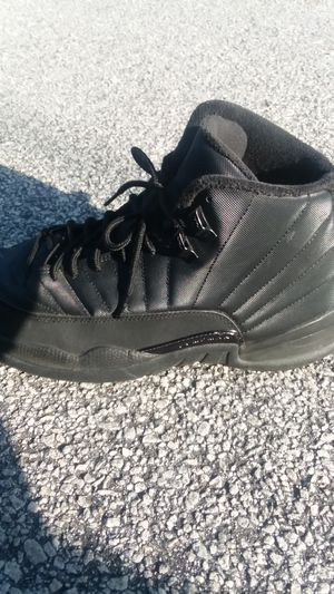 Air Jordan 12 Retro Winterized GS 'Triple Black size 12 used and another pair of retros for 40$ size 7 for Sale in Snellville, GA
