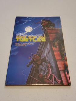 Teenage Mutant Ninja Turtles The Collected Book Volume Two First Print May 1990 Mirage Studios, Kevin Eastman And Peter Laird, Graphic Novel. Rare for Sale in Fresno,  CA