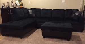 New Black Microfiber Sectional Sofa with Storage Ottoman for Sale in Renton, WA