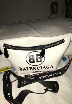 Balenciaga fanny bag for Sale in Columbus, OH