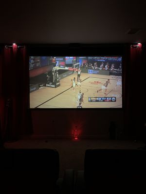 1080p Projector work well $175 for Sale in New Carrollton, MD