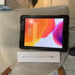 10 Inch iPad Pro Gen 2 And Gen 1 Apple Pencil for Sale in Fresno, CA