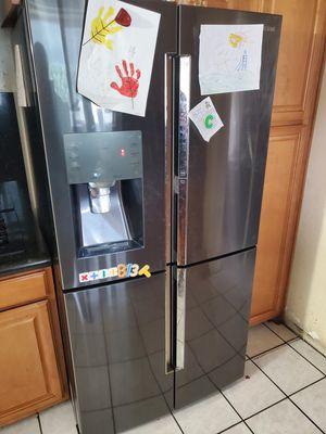 Samsung fridge model #RF28K9380SG for Sale in Los Angeles, CA