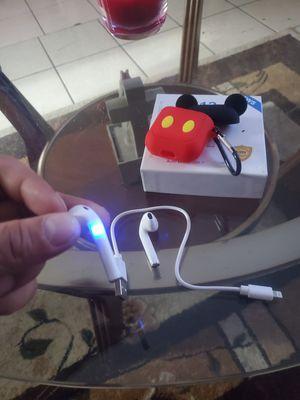 Wireless earphones!askin 20 obo! for Sale in Fontana, CA