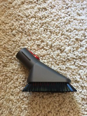 Dyson V10 Cyclone Absolute Vacuum QR Mini Soft Dusting Brush for Sale in Camarillo, CA