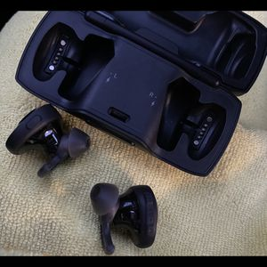 Bose Soundsport Free Wireless Headphones for Sale in Mahwah, NJ