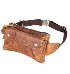 NWT. LEATHER FANNY PACK for Sale in Smithville, MO