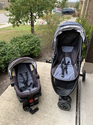 GRACO- Car seat, base and stroller for Sale in Austin, TX