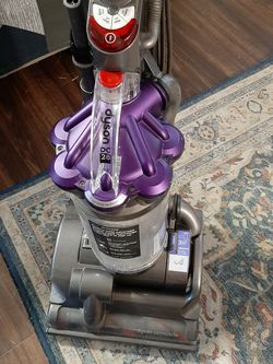 Dyson DC28 Upright Vacuum, Slightly Used for Sale in San Antonio,  TX