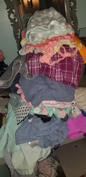 Girls clothes size 5-6 EUC for Sale in Whittier, CA