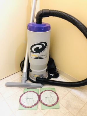 ProTeam Vacuum Cleaner 6qt for Sale in Tacoma, WA