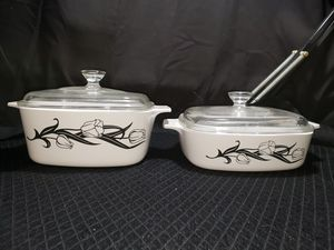 Corning ware black tulips A-1-B & A-1 1/2 -B for Sale in Zanesville, OH