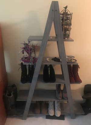 Ladder shelf for Sale in Chicago, IL