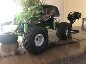 Rc traxxas skully monster truck 💀 for Sale in Chula Vista, CA