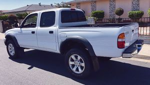 TURBO ENGINE 2003 Toyota Tacoma for Sale in Cleveland, OH